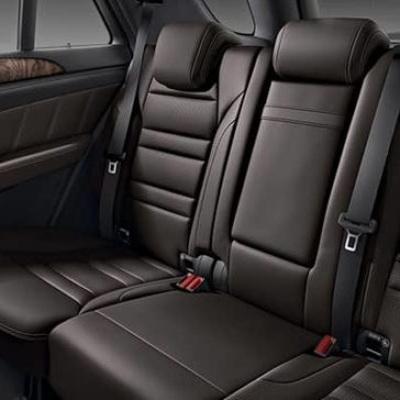 2019-Mercedes-Benz-GLE-back-seating