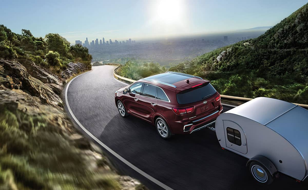 2019 Kia Sorento towing small trailer
